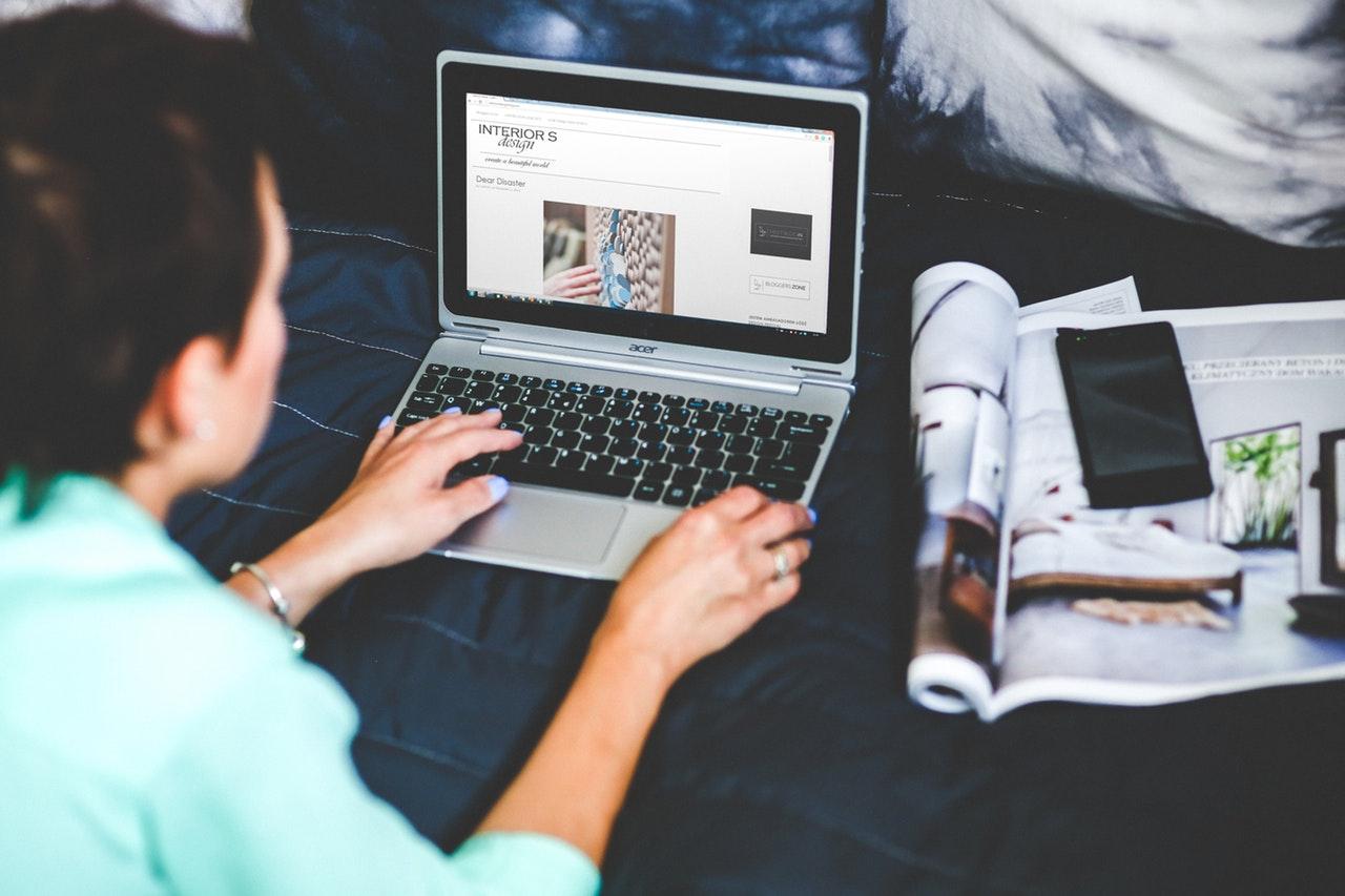 Hogyan érdemes ingyenes weboldal készítésével foglalkozni?